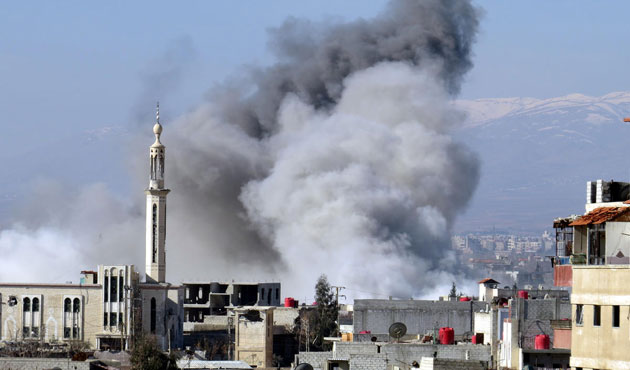 Syrian forces hit ISIL in Raqqa, destroy water plant