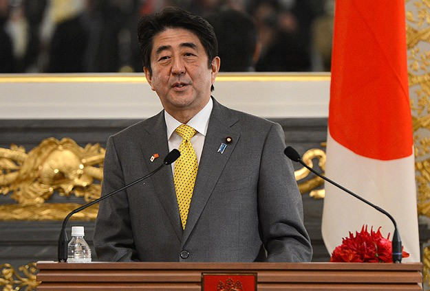 Japan PM supports SE Asia efforts on freedom of sea, air