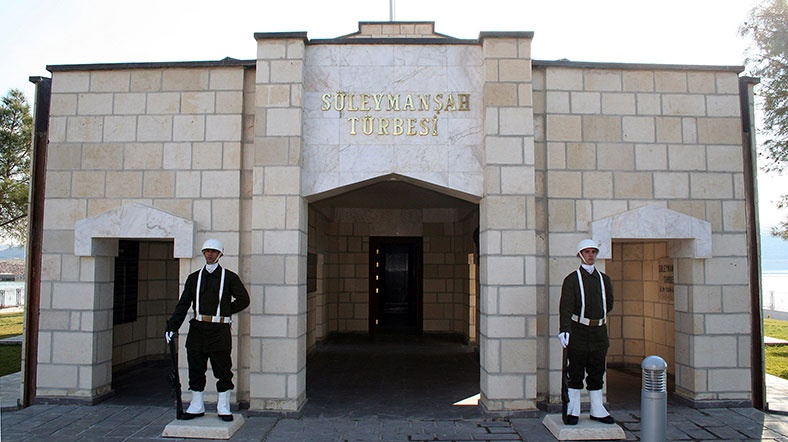 ISIL deadline for Turkish pull-out from Suleiman Shah tomb expires
