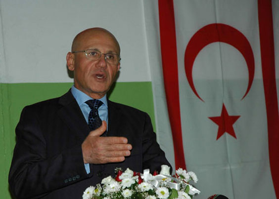 Ex-TRNC president blames attack on 'parallel' forces