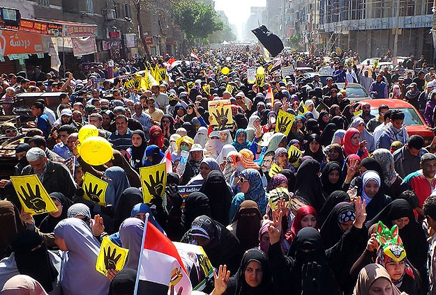 Egypt police disperse anti-coup rallies