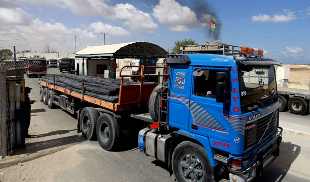 Israel lets 2nd batch of building supplies into Gaza