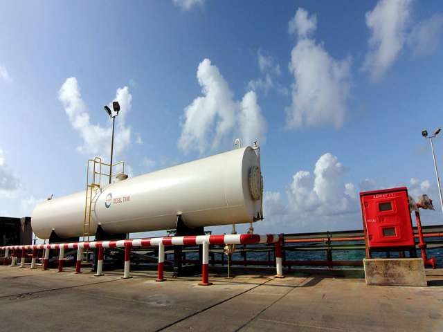 E.Libyan oil port closed due to bad weather