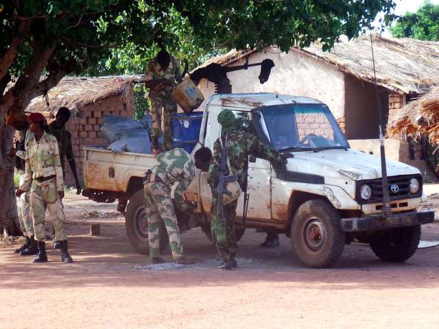 CAR's Seleka suspends deputy chief for 'high treason'