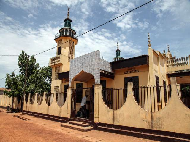 Tension mounts in Bangui over Muslim's murder -UPDATED