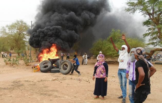 Tuareg separatists beat back Mali offensive in flashpoint town