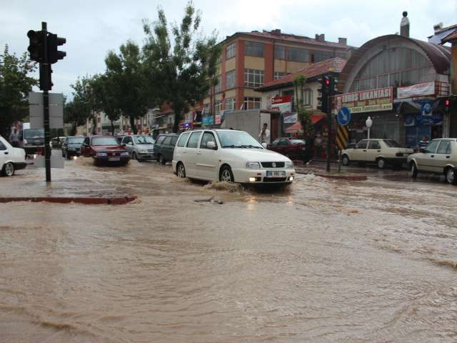 Fifth body from Turkish flood disaster found