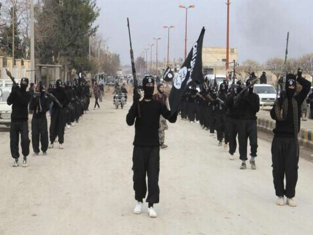 ISIL rebels take control of western Iraq border