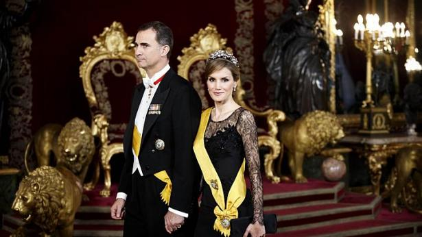 Basque, Catalonia say not impressed by new Spanish king