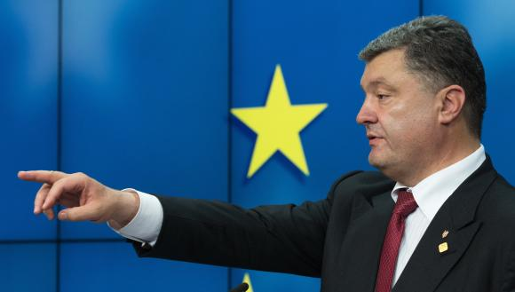 Paris, Berlin urge Poroshenko to press ahead with reforms