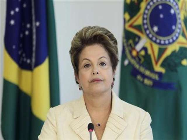 Rousseff widens Brazil election lead, challengers even
