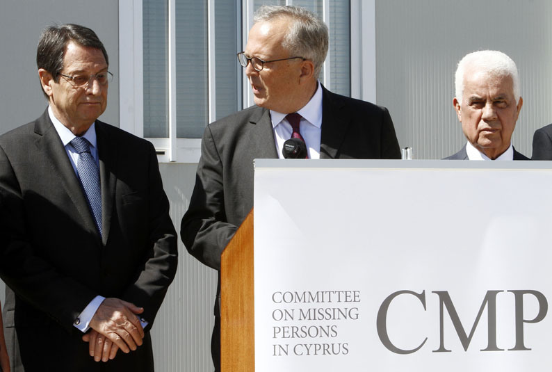Greek Cypriot leader storms out of Cyprus peace meeting