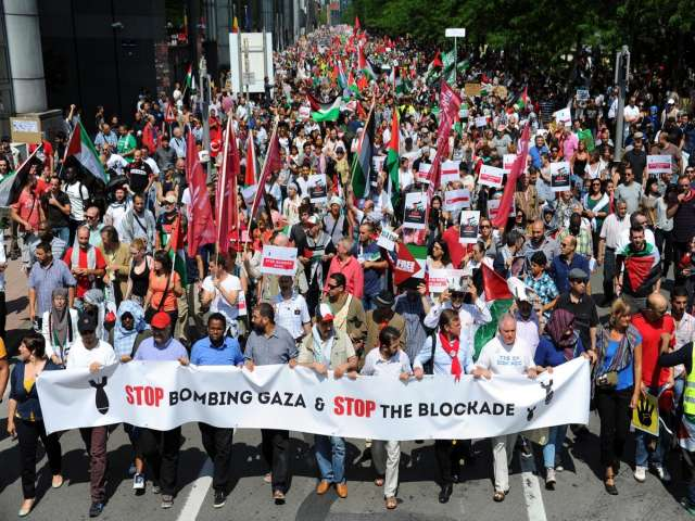 Brussels: Hundreds march against Israeli attack on Gaza
