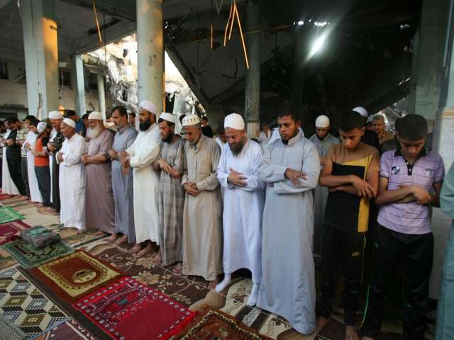Israel pounds Gaza on untasteful Eid's first day- UPDATED