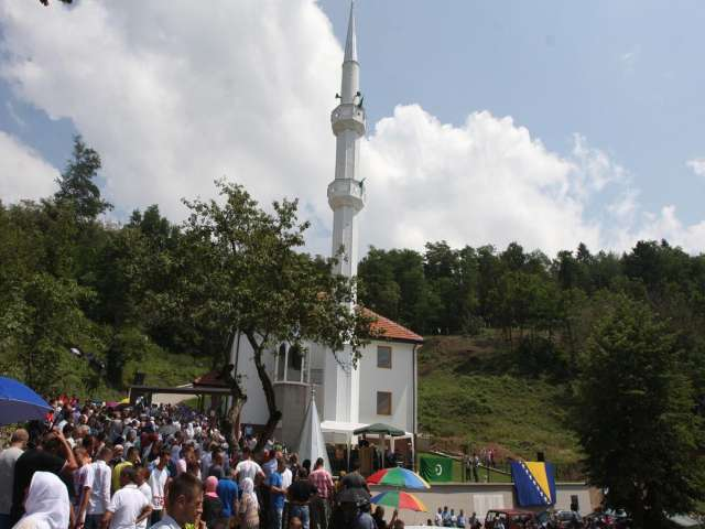 Destroyed mosque reopens in Bosnia's Srebrenica