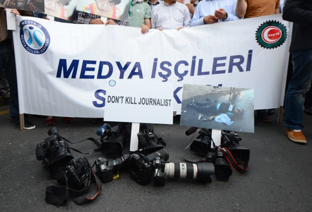 Turkish union protests Israel over murdered journalists