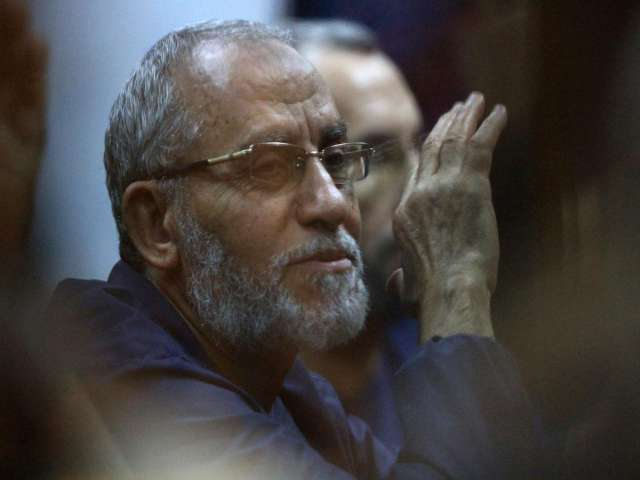 Mufti rejects Brotherhood leader death verdict, urged to 'rethink' -UPDATED