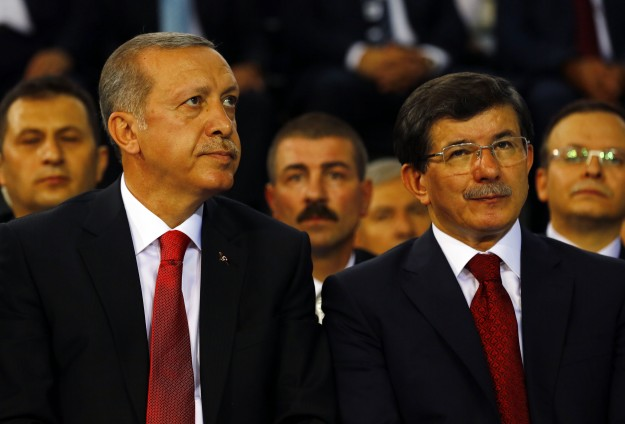 Turkey's Erdogan steps aside for new PM Davutoglu -UPDATED
