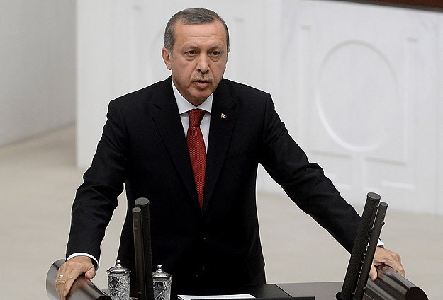 Turkey's Erdogan sworn in as president, appoints new PM -UPDATED