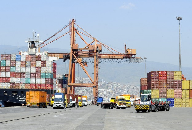 Turkish exports drop for the first time in 2014
