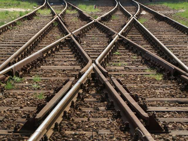 Central Asia gets shorter railway link to Persian Gulf