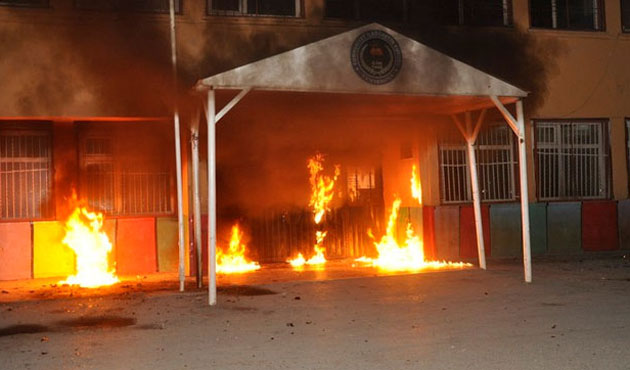 Two schools burnt down in protest in SE Turkey