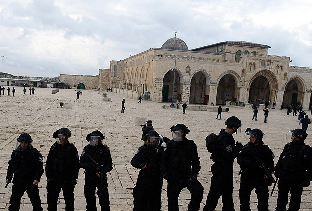 EU urges 'full respect' of Holy Sites in Jerusalem
