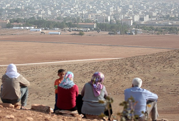 Iraqi Kurds say they sent arms to Kobani -UPDATED