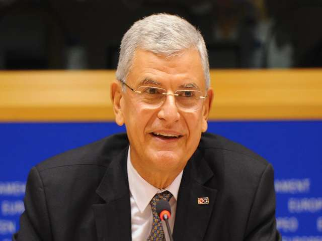 Turkey to harmonize transport and comms laws with EU