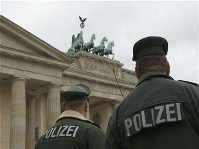 Two suspected Syria fighters go on trial in Berlin