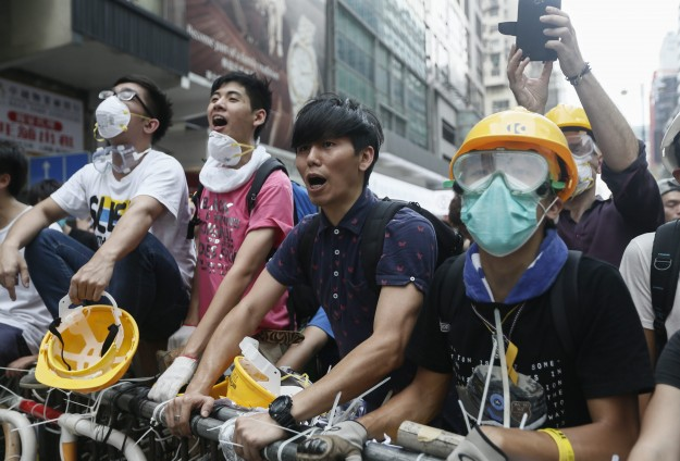 Hong Kong police release 247 arrested during protest clearance
