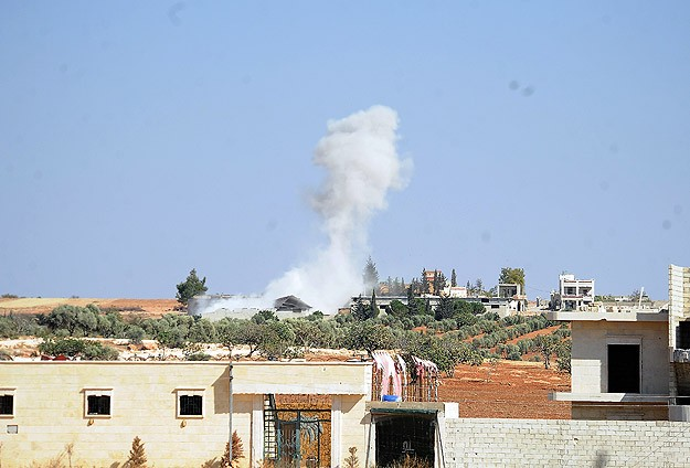 Syrian helicopter bombs refugee camp, many dead