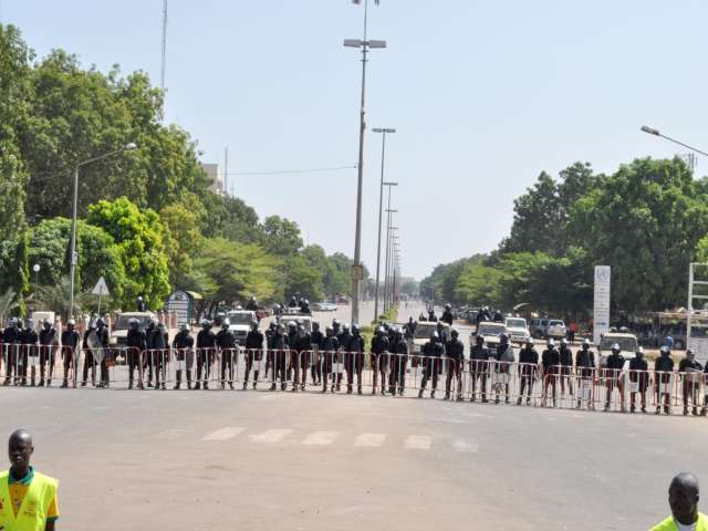 Regional leaders call for one-year transition in Burkina Faso