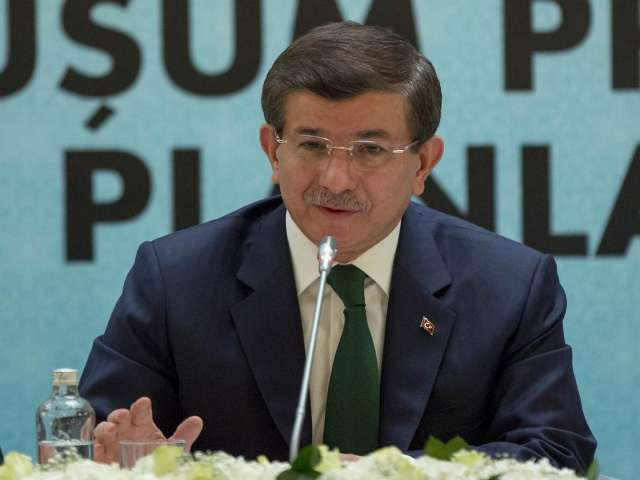 Turkish PM to attend cooperation meeting in Greece