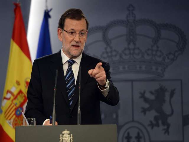 Outgoing Spain PM warns Socialists on hard-left Podemos