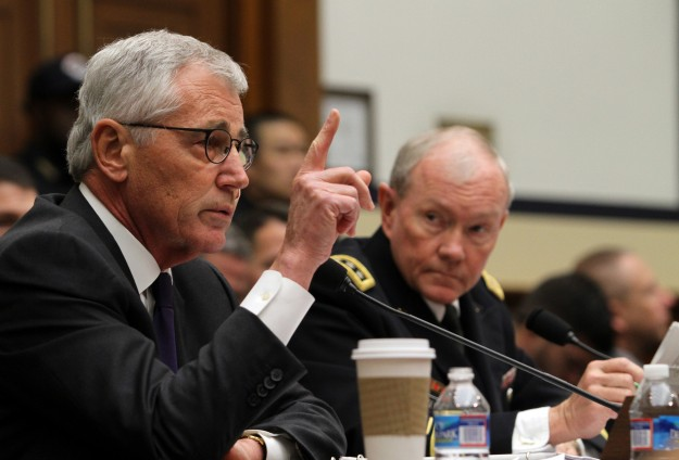 Hagel: US forces may support Iraqi troops