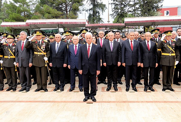 Turkish Cypriots celebrate republic's 31st anniversary