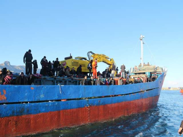 1,250 migrants rescued in Mediterranean over Christmas