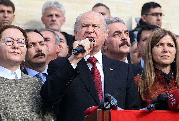 Nationalist leader's visit causes uproar in Turkish east