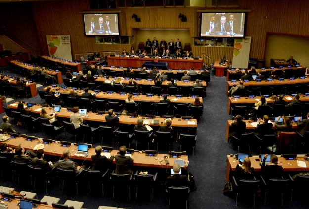 US notifies UN of Paris climate agreement withdrawal
