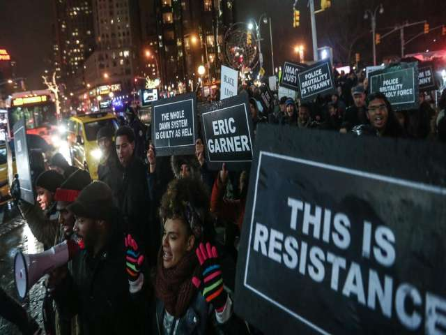 Protests against police violence block traffic in New York