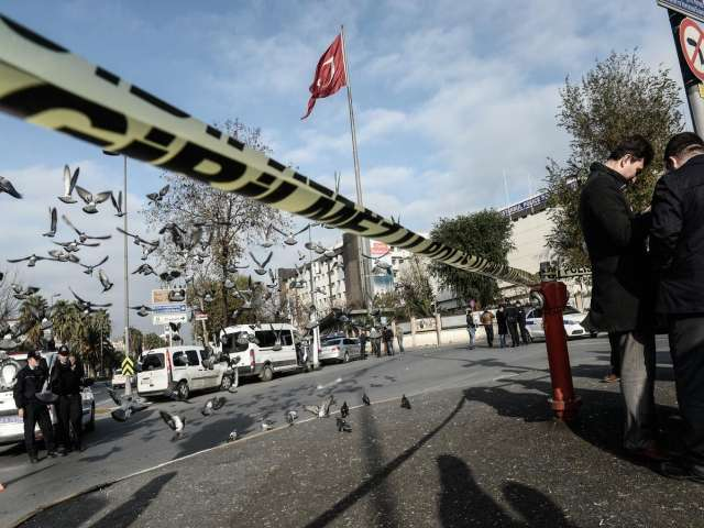 More Turkish police held in wiretapping probe