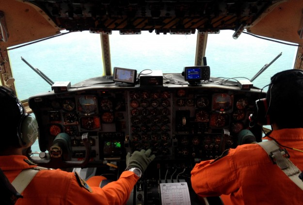 Indonesia finds four large parts of AirAsia jet