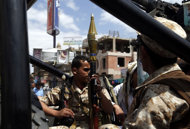 7,700 Yemenis killed in 2014, clashes continue -UPDATED