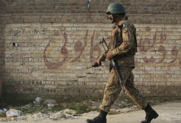 Pakistan hangs two more militants