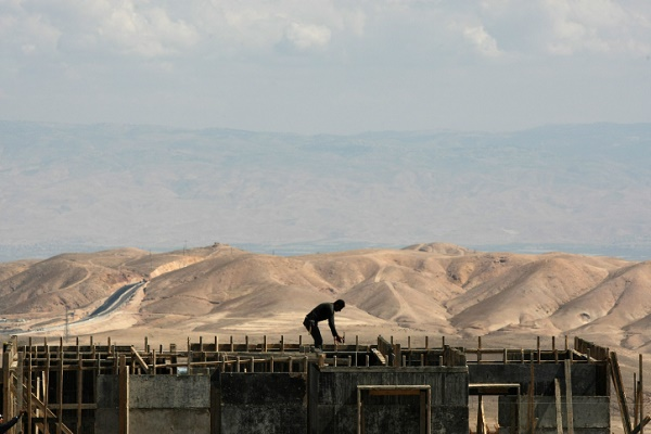 Israel to build 77 new illegal settlement units