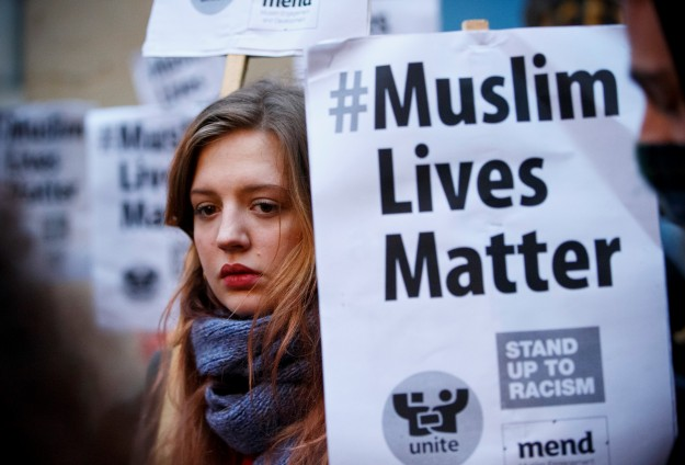 Poll: Half of British Muslims 'discriminated against'