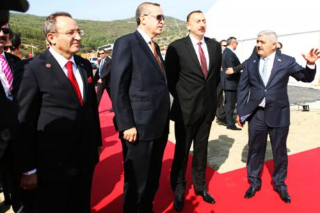 Turkey launches project to pipe Azeri gas to Europe