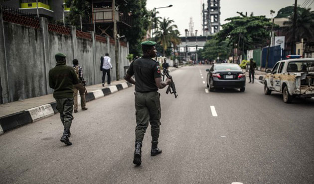 Obama deploys military to Cameroon