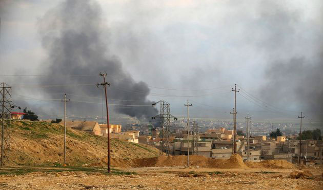ISIL targeted in 17 air strikes in Iraq, Syria